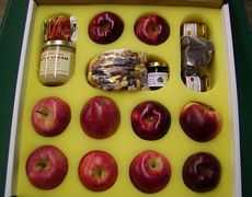 Apple and Sweets Plus Gift Box
